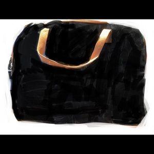 "gigi hill Bags - Gigi hill imported ""jane"" makeup bag"